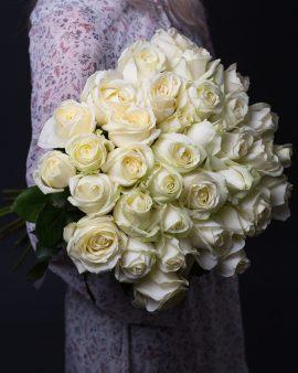 35 Белых Роз Голландия (60 см.)