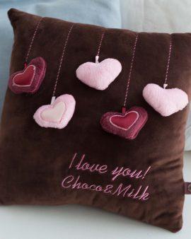 Мягкая игрушка подушка Сердечки